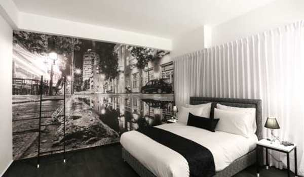 Dizengoff Avenue Boutique Hotel
